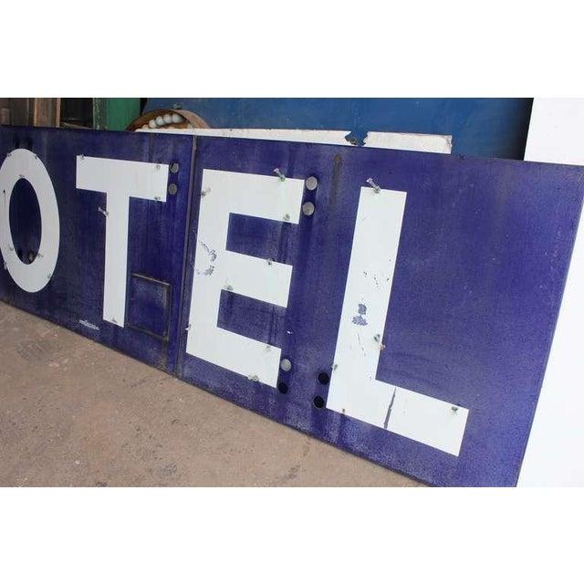 """Industrial 1930's Vintage Porcelain """"Motel"""" Sign For Sale - Image 3 of 4"""