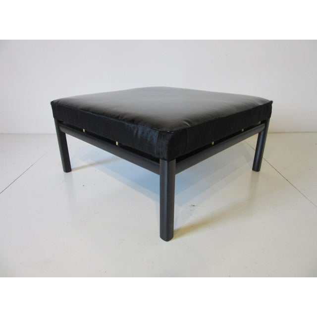 Mid Century Michael Taylor Baker Patent Leather and Pony Hide Ottoman For Sale - Image 11 of 11