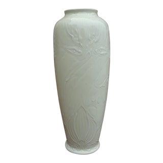 Antique Edward Colonna Bing Maison L' Art Nouveau Leuconoe White Slipglaze Porcelain Vase For Sale