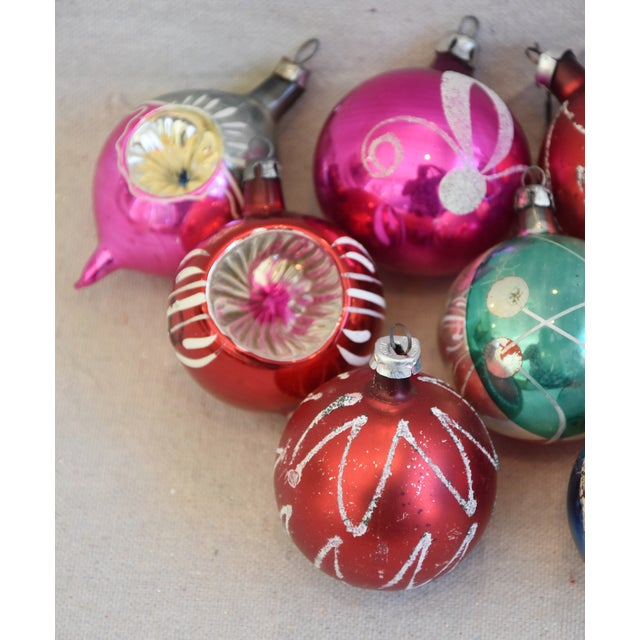 Cardboard Vintage Colorful Christmas Ornaments W/Box - Set of 12 For Sale - Image 7 of 12
