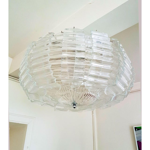 Art Deco Pair of Large Clear Murano Glass Chandeliers by Barovier & Toso, 1970s For Sale - Image 3 of 9