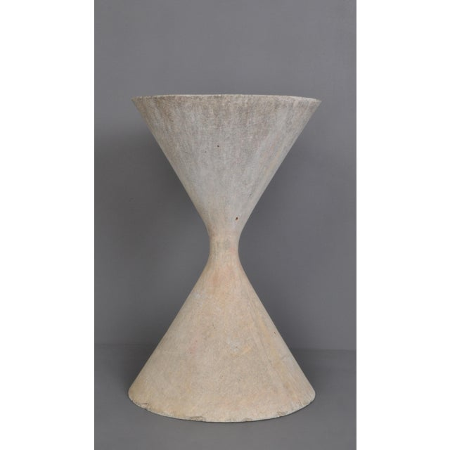 Abstract Small Hourglass Planter by Anton Bee For Sale - Image 3 of 11