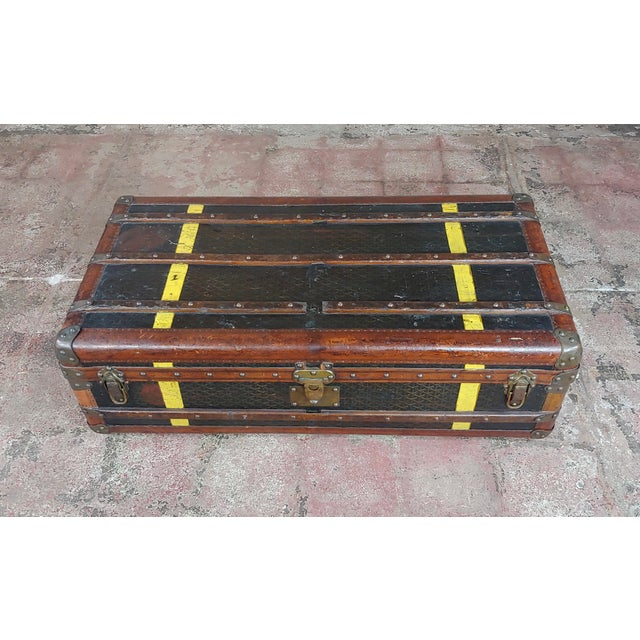 French Goyard 1920s Beautiful French Vintage Leather Steamer Trunk For Sale - Image 3 of 9