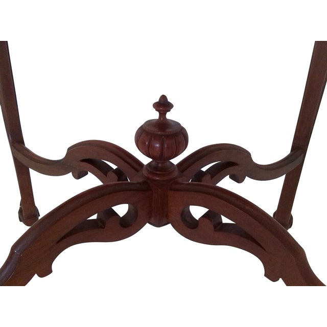 Early 20th Century 1920s Weiman Heirloom Occasional Walnut Centre Table For Sale - Image 5 of 6