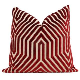 Contemporary Garnet Red Schumacher Vanderbilt Velvet Decorative Pillow Cover - 20x20 For Sale
