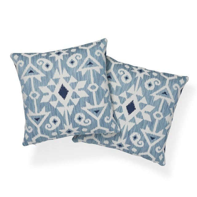 """Contemporary Contemporary Schumacher Crusoe Ikat Sky Two-Sided Cotton Pillow - 20ʺW × 20""""H For Sale - Image 3 of 7"""
