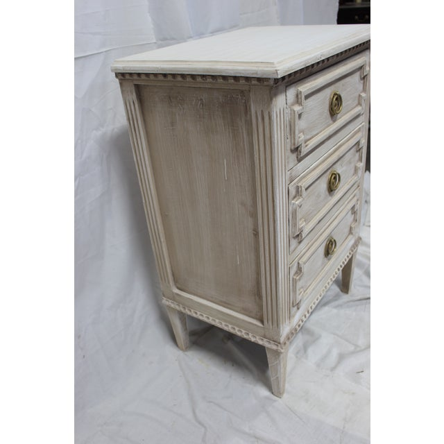 Early 20th Century 20th Century Swedish Gustavian 3-Drawer Nightstands - a Pair For Sale - Image 5 of 9