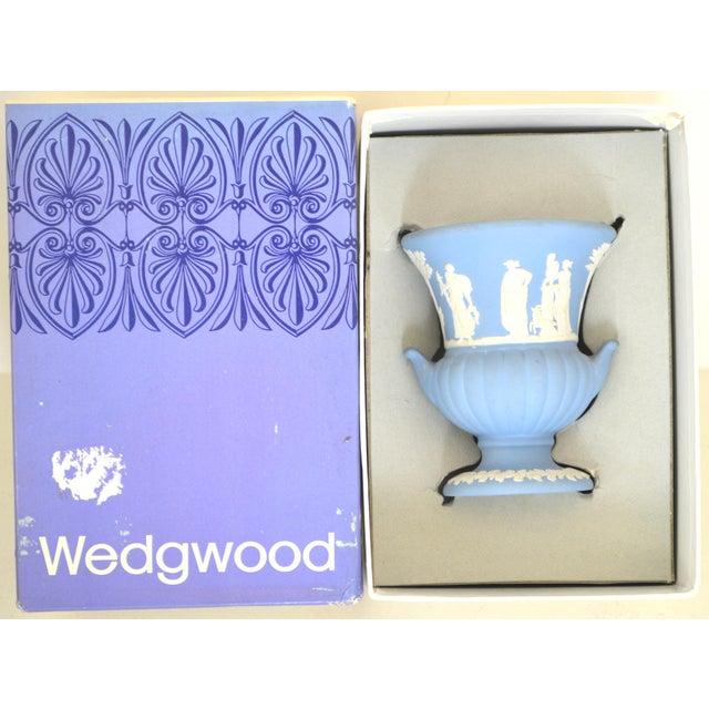 Antique Wedgwood Jasperware Blue & White Urn Vase England Miniature For Sale - Image 10 of 11