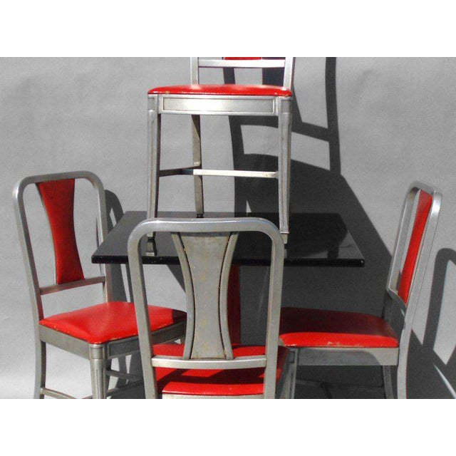 1940s Speak Easy Art Deco Cabaret Cafe Tables With Alcoa Aluminum Chairs Set - 3 Pc. For Sale - Image 5 of 7