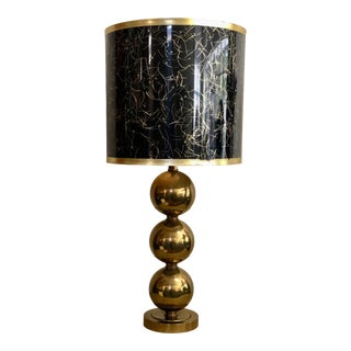 Vintage Paul Hanson Mid-Century Modern Hollywood Regency Large Brass Sphere Table Lamp W/Original Shade For Sale