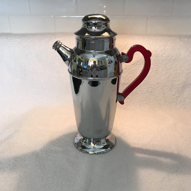 Vintage Chrome Cocktail Shaker For Sale - Image 10 of 10