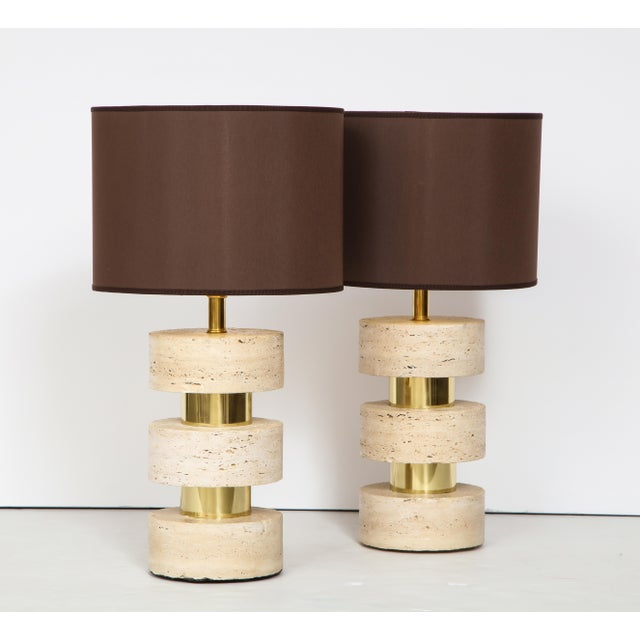 Mid-Century Modern Pair of Italian 1970s Travertine and Brass Table Lamps For Sale - Image 3 of 8