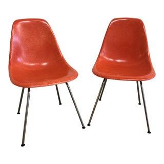 Pair of Herman Miller Eames Molded Fiberglass 4-Leg Side Chairs For Sale