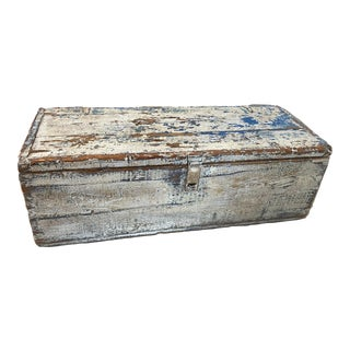 Vintage Blue & White Rustic Painted Trunk For Sale