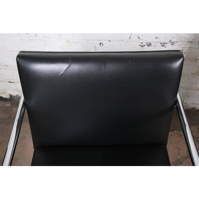 Mies Van Der Rohe for Knoll Black Leather and Chrome Brno Chairs - Set of 6 For Sale - Image 11 of 13