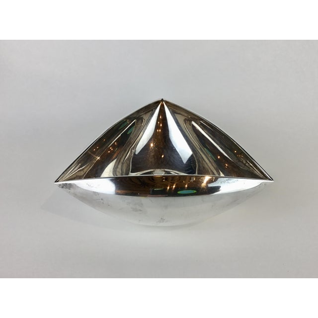 1950s Italian Triangular Pampaloni Silver Plate Bowl For Sale - Image 5 of 11