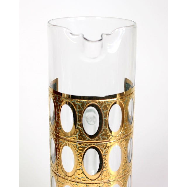 """Culver Ltd. 1960s 22-Karat Gold Culver Ltd. """"Pisa""""Glass Pitcher with Mixing Stick For Sale - Image 4 of 6"""