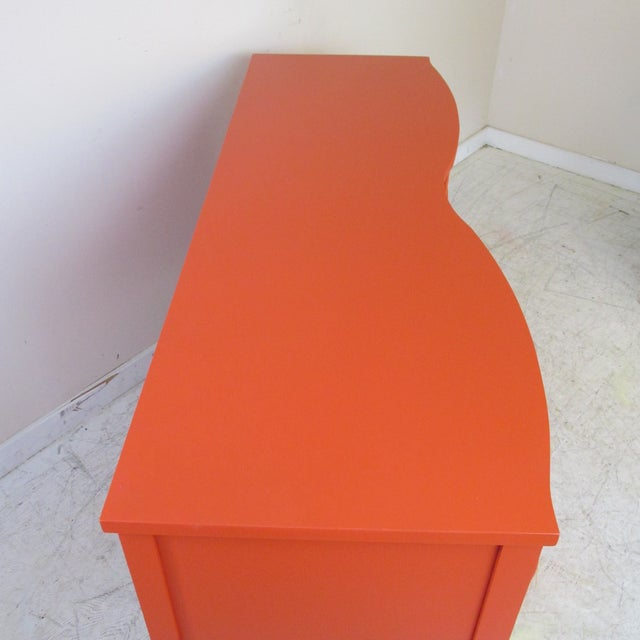 Vintage 1950s Serpentine Papaya Dresser by Dixie Furniture Co. For Sale - Image 10 of 12