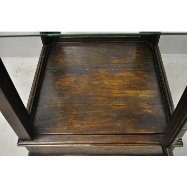 Vintage Chinoiserie Pagoda Top Wooden Curio Display Cabinet Beehive Ming Legs For Sale In Philadelphia - Image 6 of 11