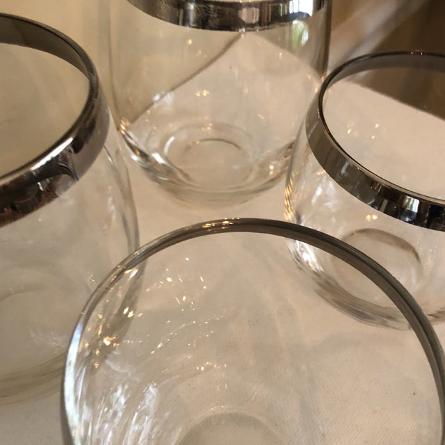 Dorothy Thorpe 1970s Vintage Collection of Dorothy Thorpe Glasses Silver Rim- Set of 6 For Sale - Image 4 of 9