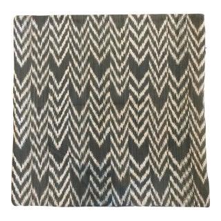 """Dark Gray Grain 16"""" Square Jáspe Pillow Cover"""