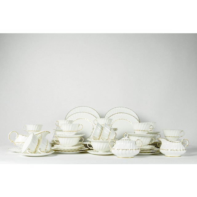 English Traditional Mid Century English Royal Doulton Dinnerware - Set of 71 For Sale - Image 3 of 8