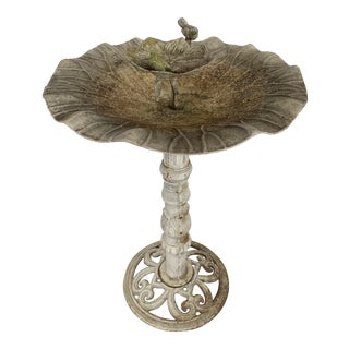 Early 20th Century English Birdbath For Sale