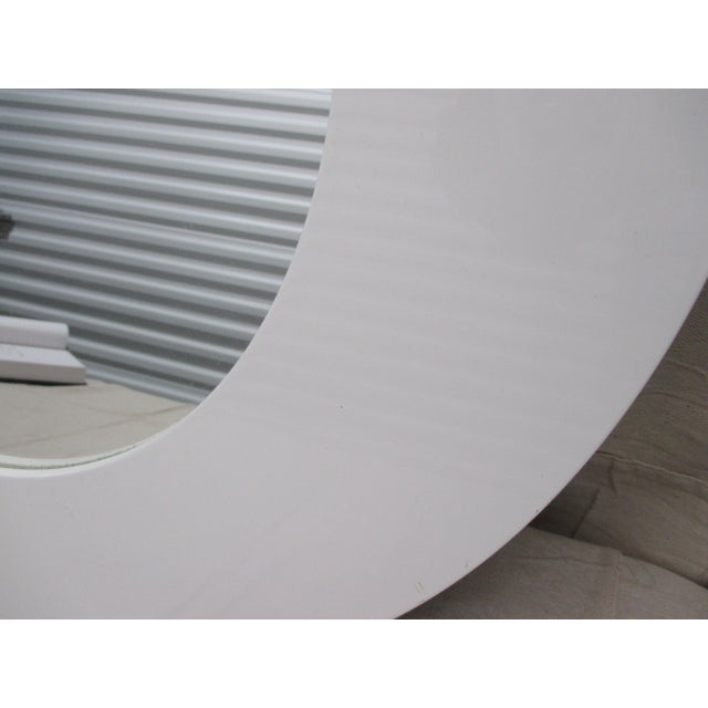 Mid-Century Modern Round White Lacquer Mid Century Modern Style Mirror by Crate & Barrel For Sale - Image 3 of 6