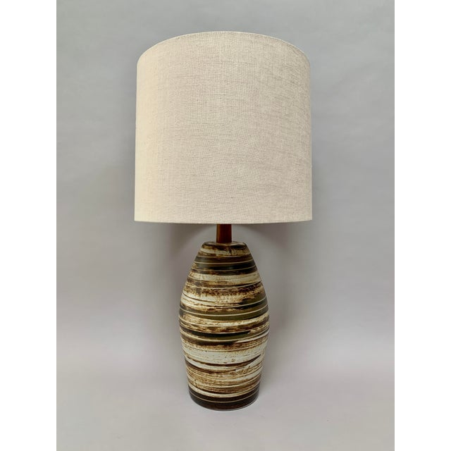 Mid-Century Modern Ceramic Lamp by Jane and Gordon Martz For Sale - Image 12 of 12
