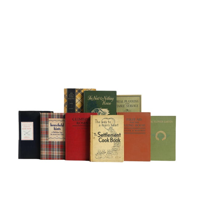 The Vintage Home - Twenty Decorative Books. Twenty vintage books featuring a variety of selections that highlight life in...