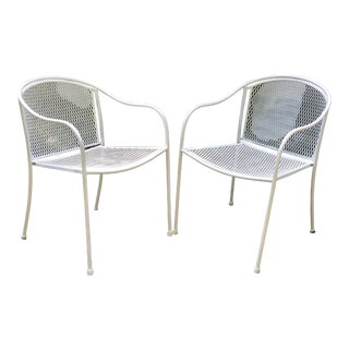 Mid Century Modern Wrought Iron Patio Chairs in White—a Pair For Sale
