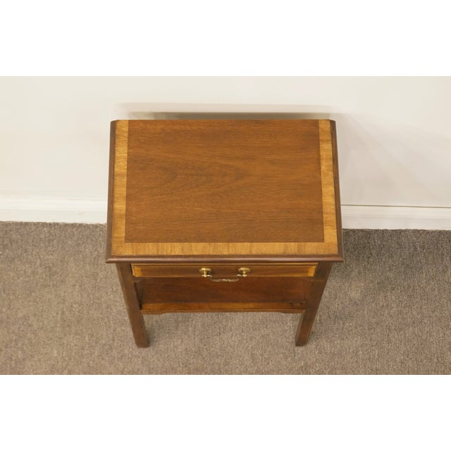 """Late 20th Century 20th Century Traditional Sherrill Furniture Banded Mahogany 18"""" Nightstand For Sale - Image 5 of 13"""
