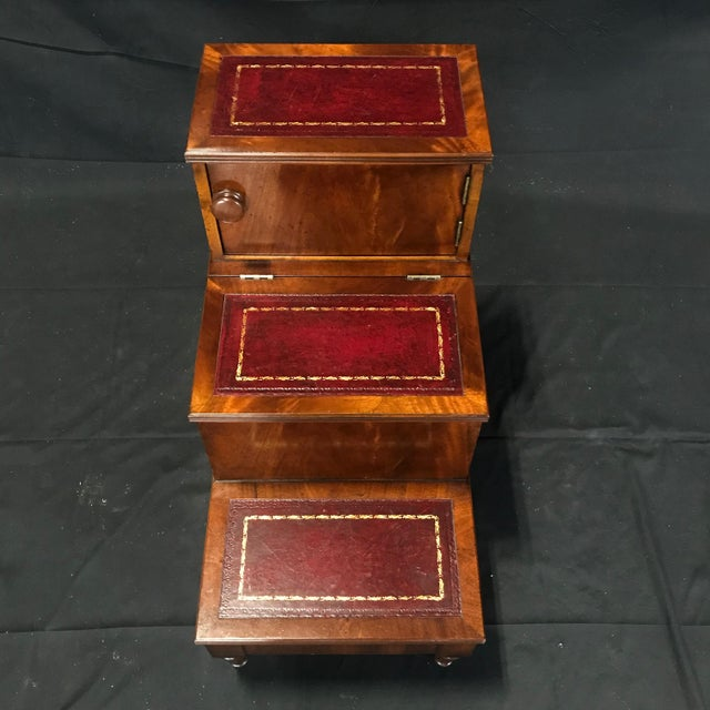 British Mahogany Library Steps With Burgundy Tooled Leather Treads For Sale - Image 4 of 12