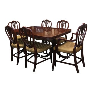Duncan Phyfe Style Traditional Mahogany Dining Set For Sale
