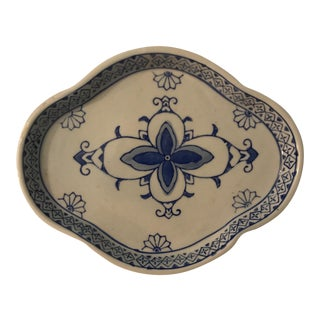 Blue & White Chinese Porcelain Dish For Sale