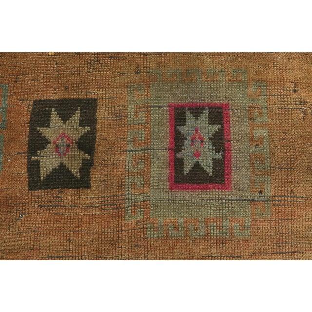 "Vintage Turkish Kilim Rug-4'3'x5'10"" For Sale - Image 10 of 13"