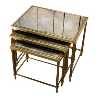 Neoclassical Set of Three Nesting Tables in Brass and Original Antiques Mirror Tops For Sale