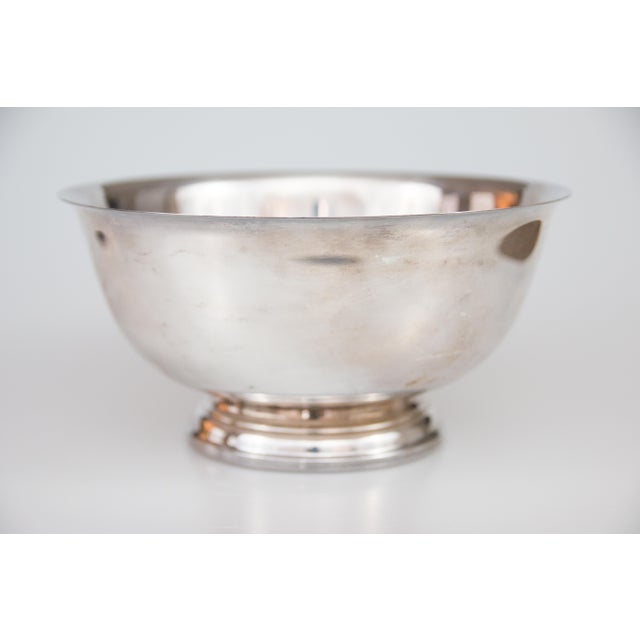Lovely vintage silver-plate Revere bowl. Fabulous for display or for serving!