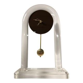 Vintage Modernist Lucite Arch Pendulum Mental Clock For Sale