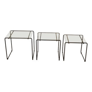 1970s Minimalist Marcel Breuer Laccio Nesting Tables - Set of 3 For Sale