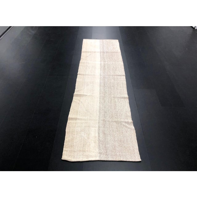 1960s Vintage Turkish Aztec Style Natural Wool Runner Rug - 2′5″ × 8′6″ For Sale - Image 11 of 11