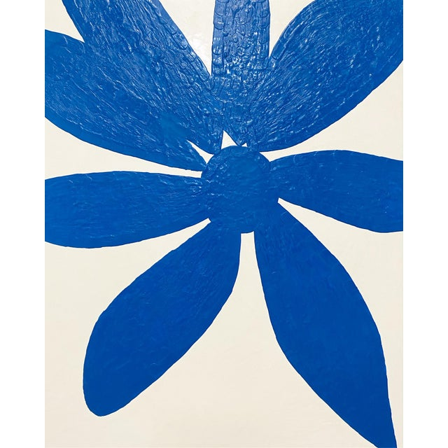 """2020s Exclusive John O'Hara """"Big Blue Daisy"""" Encaustic Paintings - 2 Panels For Sale - Image 5 of 9"""
