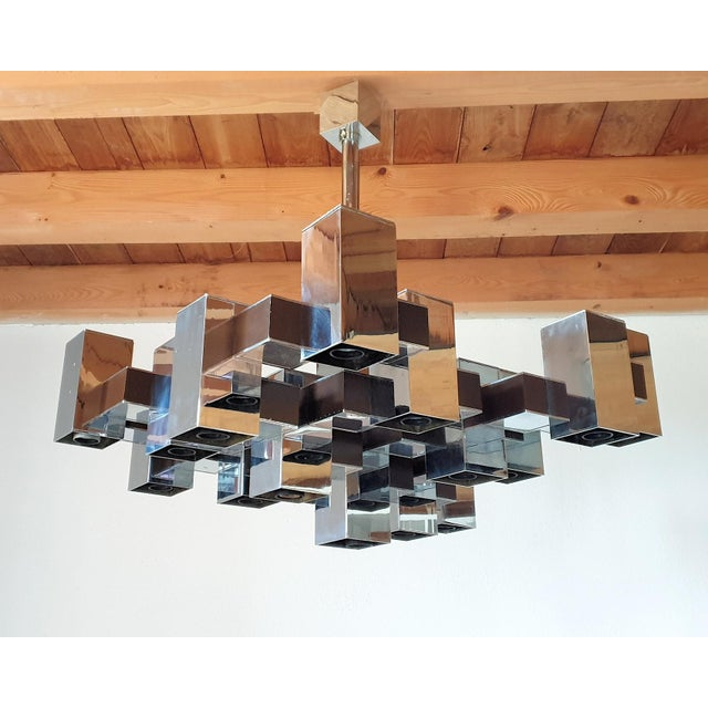 Large Mid-Century Modern Square Chrome 12 Lights Chandelier by Sciolari, 1960s For Sale - Image 10 of 10