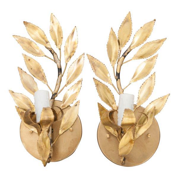 "Pair of French Vintage Gilt-Brass Single-Arm ""laurel Leaf"" Sconces For Sale - Image 9 of 9"