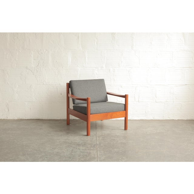 Vintage Mid Century Grey Lounge Chair For Sale In Portland, OR - Image 6 of 7