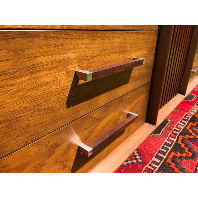 Brown 1970s Mid Century Lane 'Tower Collection' Rosewood Credenza For Sale - Image 8 of 13