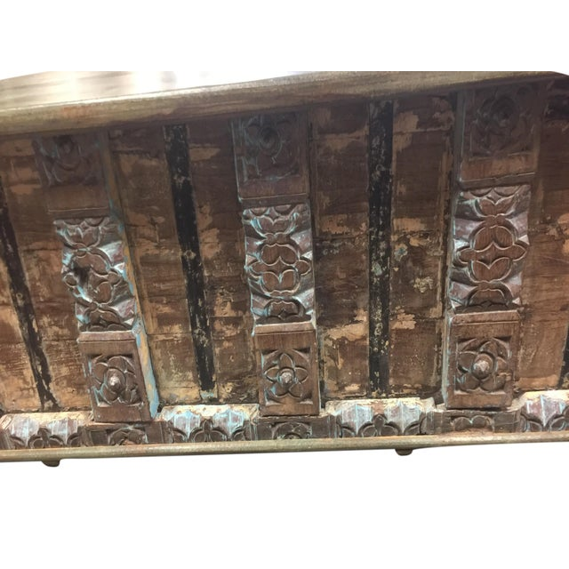 Art Deco Vintage Distressed Natural Wood Trunk Table For Sale - Image 3 of 4