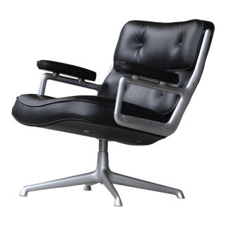 Early Version Eames Time Life Lobby Chair for Herman Miller For Sale