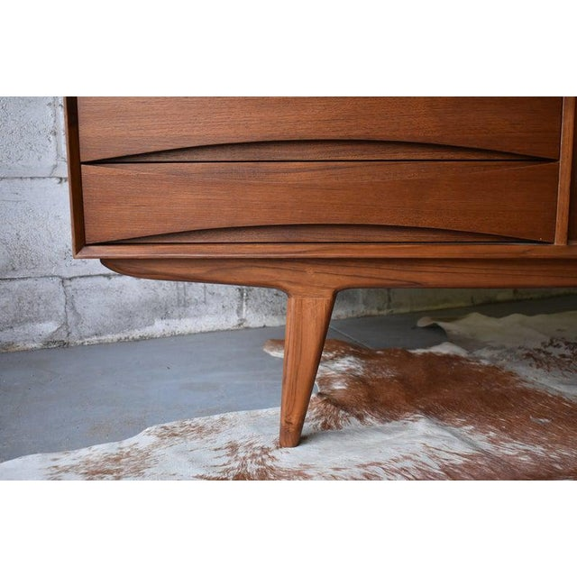 Extra Long Mid Century Modern Teak Sideboard / Credenza For Sale - Image 9 of 11