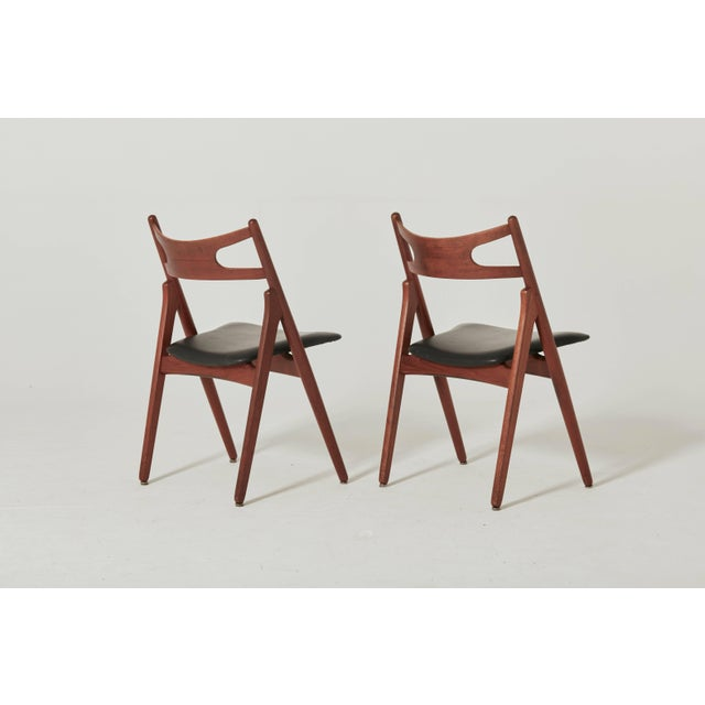 Carl Hansen & Søn Set of Six Hans Wegner Ch-29 Sawbuck Dining Chairs, Carl Hansen, Denmark For Sale - Image 4 of 13
